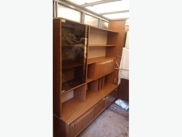 FREE: wall unit/display cabinet
