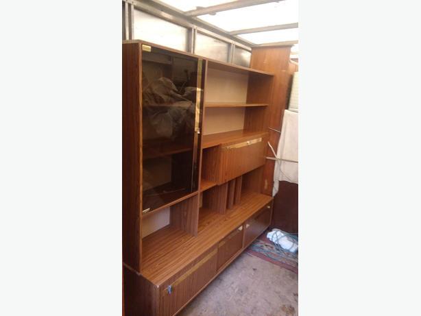 FREE: wall unit/display cabinet