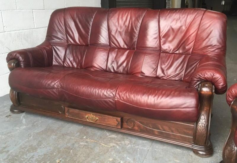 2000 italian leather chesterfield sofa set we deliver uk wide smethwick dudley Italian leather sofa uk