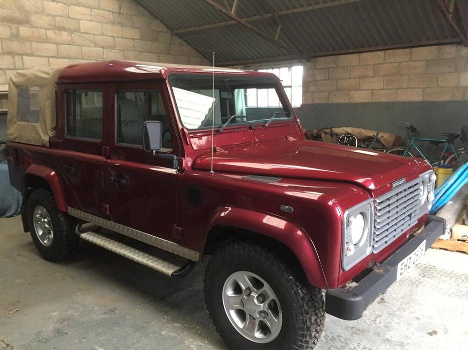 land rover defender 110 td5 double cab pick up aldridge dudley. Black Bedroom Furniture Sets. Home Design Ideas