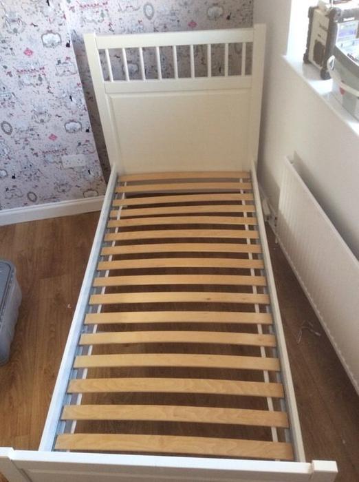 ikea white hemnes single bed frame darlaston dudley. Black Bedroom Furniture Sets. Home Design Ideas