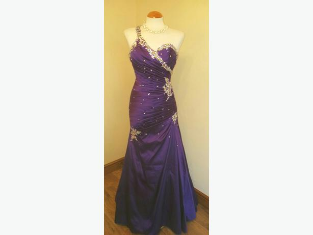 MORI LEE FISHTAIL CADBURY PURPLE PROM DRESS SIZE 6