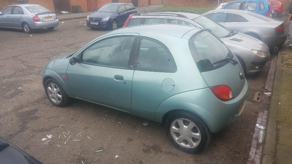 ford ka 2000 electric windows leather seats halesowen dudley. Black Bedroom Furniture Sets. Home Design Ideas
