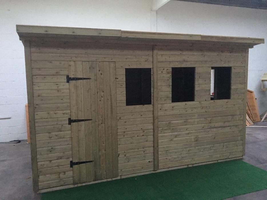Bespoke garden sheds dudley dudley for Bespoke garden sheds