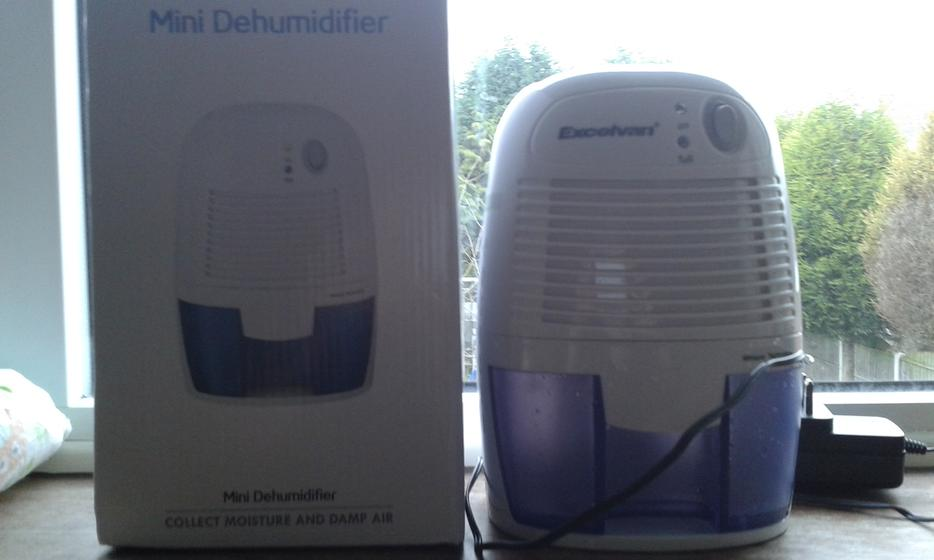 Electric Air Dryer Mini Dehumidifier Damp Mould Moisture Home Kitchen Bedroom Walsall Wolverhampton
