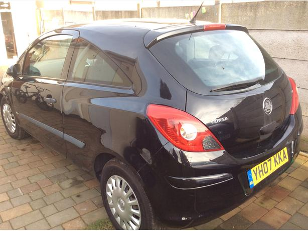2007 Year,Vauxhall Corsa, 1.2, Petrol,Manual,3 door Black.