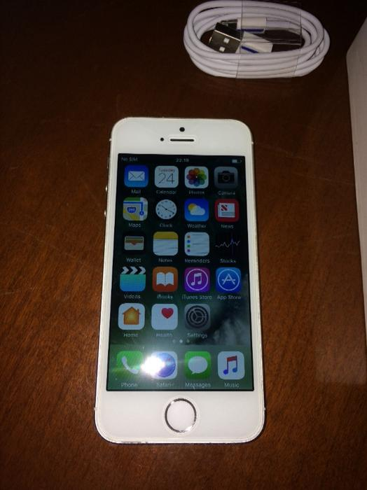 free iphone 5s no offers or surveys iphone 5s 16gb white willenhall wolverhton 7849