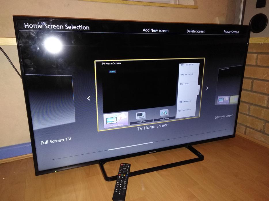 panasonic 50 inch edgeled smart tv with wi fi apps and freeview hd dudley wolverhampton mobile. Black Bedroom Furniture Sets. Home Design Ideas