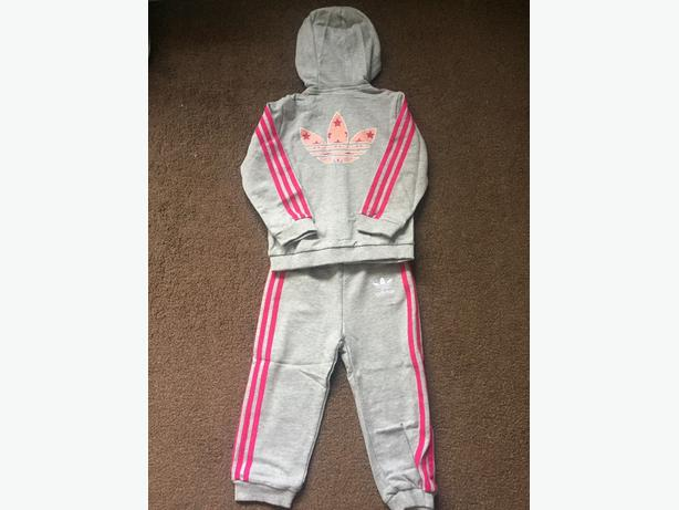 Find Baby & Toddler Tracksuits at universities2017.ml Browse a wide range of styles and order online.