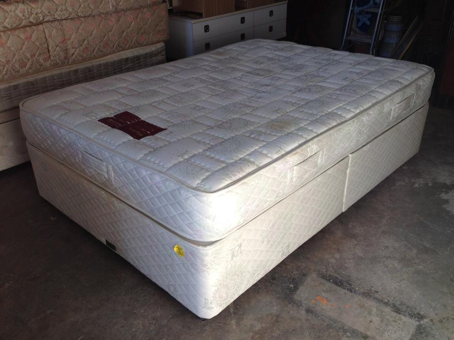 King koil double bed mattress split divan base may for Divan bed base sale