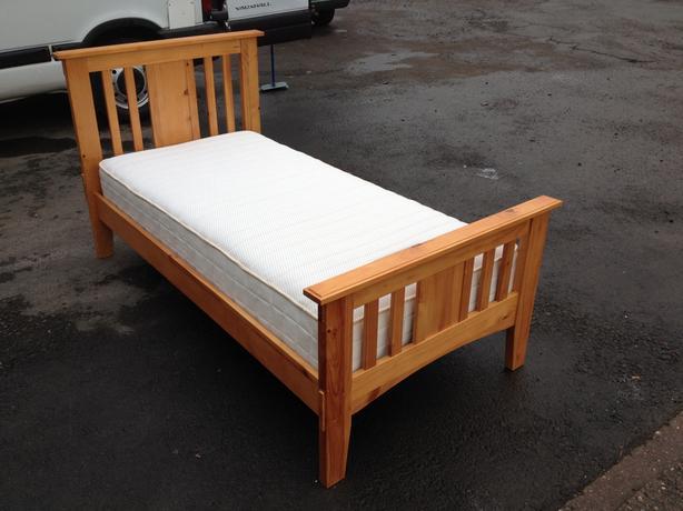 Dreams Solid Pine Single Bed Memory Foam Deluxe Mattress