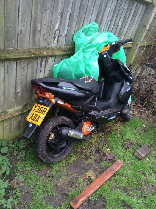 yamaha aerox mbk nitro 50 70cc kit moped wolverhampton dudley. Black Bedroom Furniture Sets. Home Design Ideas