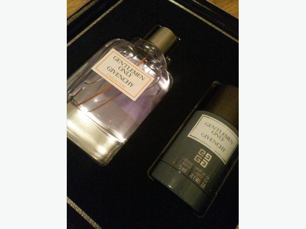 Givenchy Gentlemen Only Gift Set Still For Sale 07 05 17