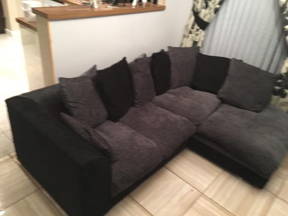 Black and grey corner sofa sandwell wolverhampton for Black and grey sofa