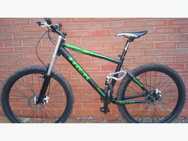 9d10971bb11 Custom built Trek fuel slr 90 mountain bike Willenhall, Sandwell
