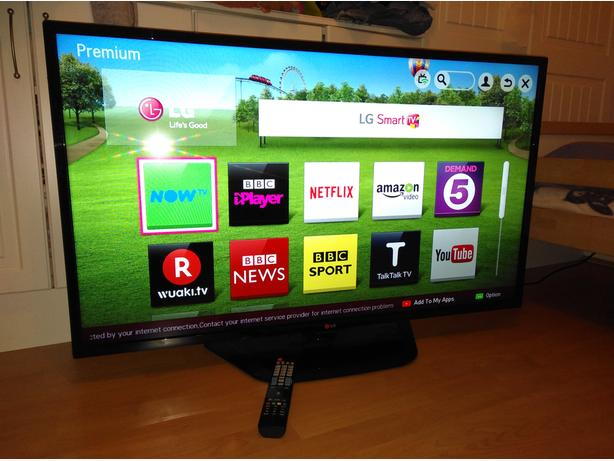 LG 47 inch LED FullHD Smart TV with Wi-Fi Apps and Freeview HD
