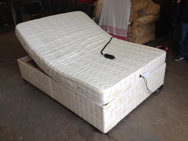 Double Adjustable Beds Electric : Electric adjustable double bed massage mattress can