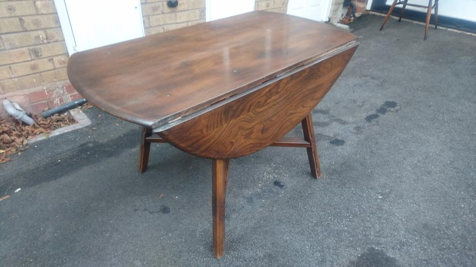 VINTAGE ERCOL DROP LEAF DINING ROOM TABLE 6 ERCOL CHAIRS 2  : 106371610934 from www.useddudley.co.uk size 934 x 525 jpeg 65kB