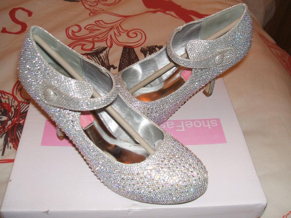 stunning fuchsia pink size 12 14 prom bridemaids dress