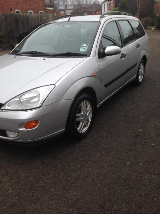 bargain ford focus estate 1 6 petrol for sale willenhall sandwell mobile. Black Bedroom Furniture Sets. Home Design Ideas