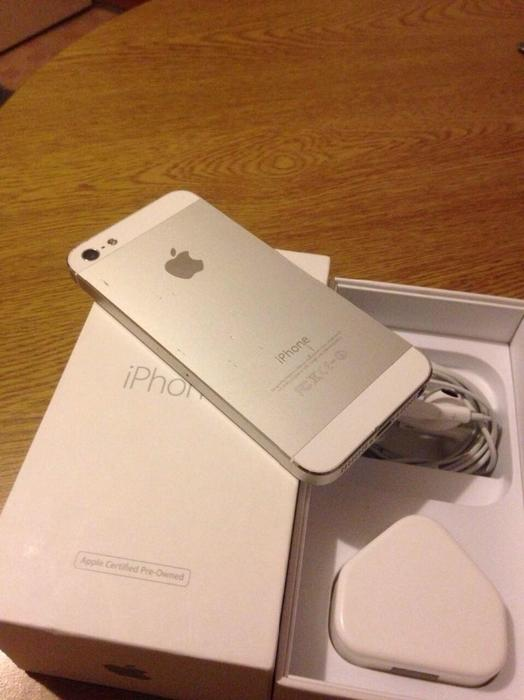 Iphone 5 16gb Mint Unlocked Bilston Dudley