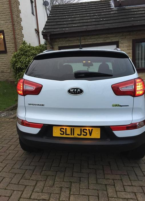 kia sportage 1 7 crdi 3 2wd 2011 other sandwell. Black Bedroom Furniture Sets. Home Design Ideas
