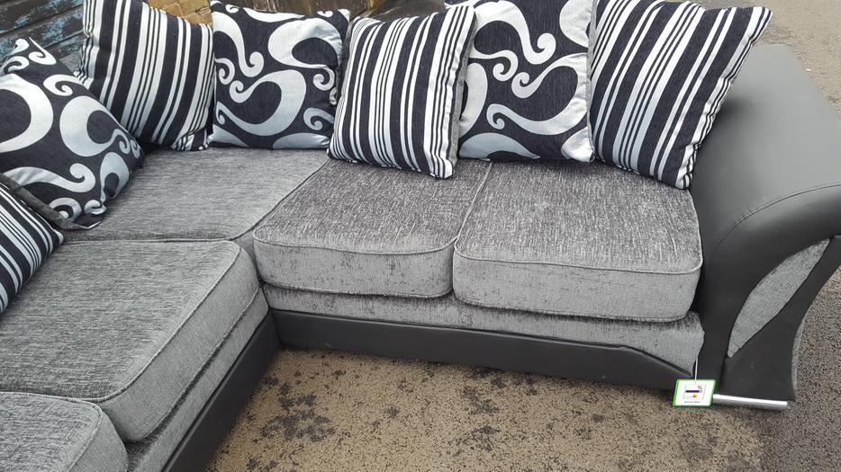 Brand New Large Black And Grey Fabric Corner