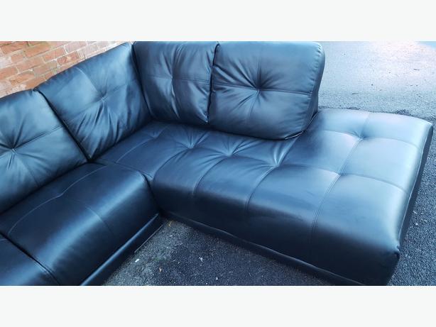 1 month large black leather corner sofa can deliver sandwell wolverhton mobile