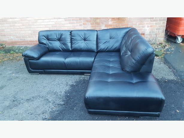 1 month large black leather corner sofa can deliver sandwell walsall