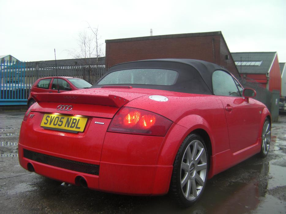 audi tt 225 roadster quattro 2005 votex body styling with sat nav wolverhampton wolverhampton. Black Bedroom Furniture Sets. Home Design Ideas