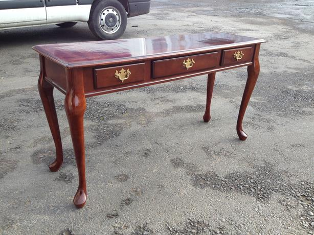 Vintage 4ft console hall table queen anne style for 4ft sofa table