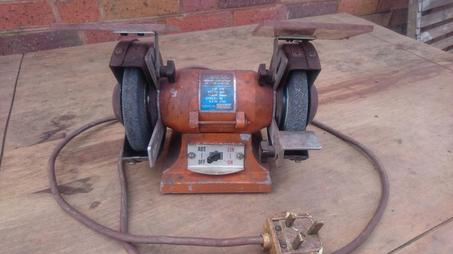 Sealey Gm 125 240 Volts Double Stone Bench Grinder Old