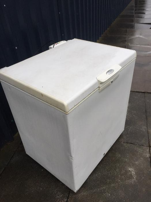 Mid Size Chest Freezer Free Deilvery Outside Black Country