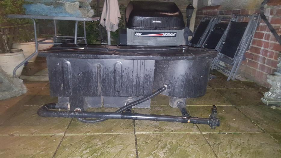 Pond filter coseley dudley mobile for Gravity fed pond filter setup