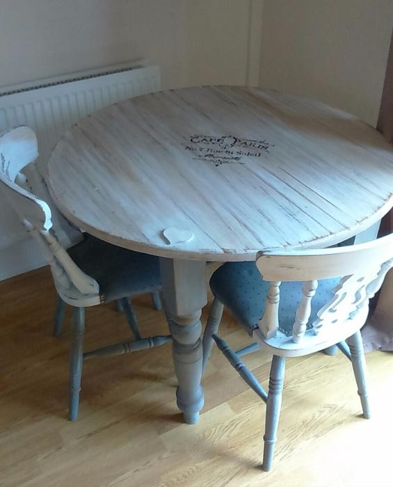 Beautiful upcycled shabby chic dining table and chairs  : 106425317934 from www.usedsandwell.co.uk size 565 x 700 jpeg 39kB