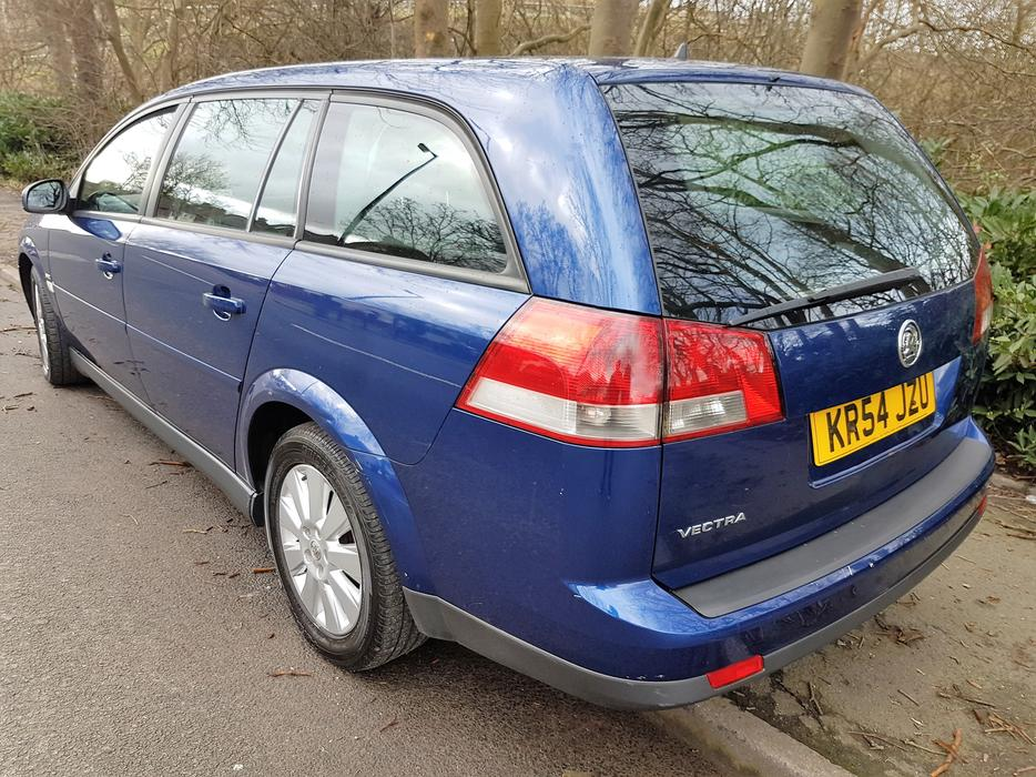 vauxhall vectra estate 1 8 sxi petrol manual tidy car mot. Black Bedroom Furniture Sets. Home Design Ideas