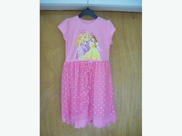 girl's Disney Princess nightie (age 4-5)