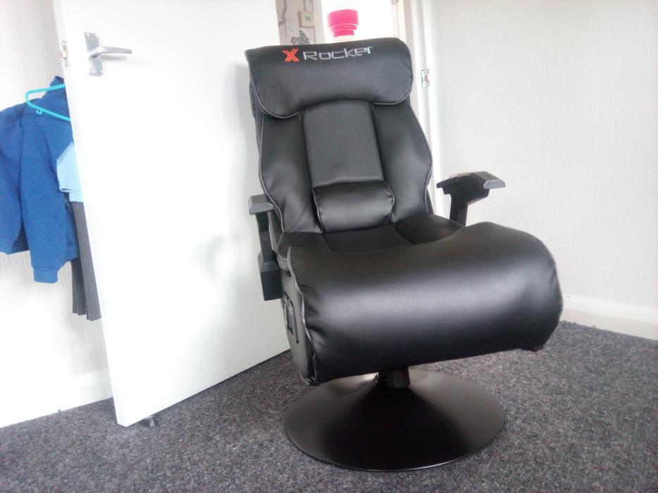 Elite Pro Gaming Chair X Rocker Tipton Wolverhampton