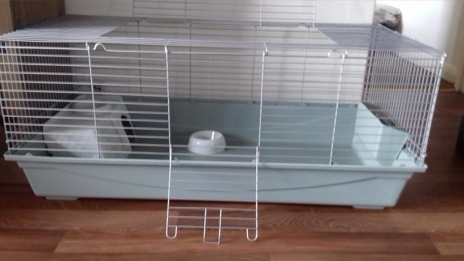 Extra large rabbit cage great barr dudley for Extra large rabbit cage