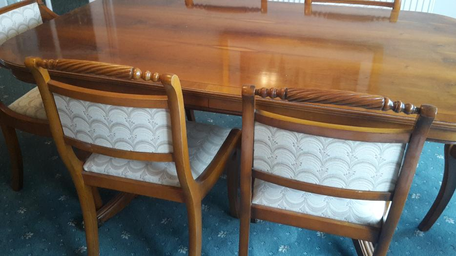 Dining Room Table with 6 chairs Stourbridge Sandwell : 106445813934 from www.usedsandwell.co.uk size 934 x 525 jpeg 61kB