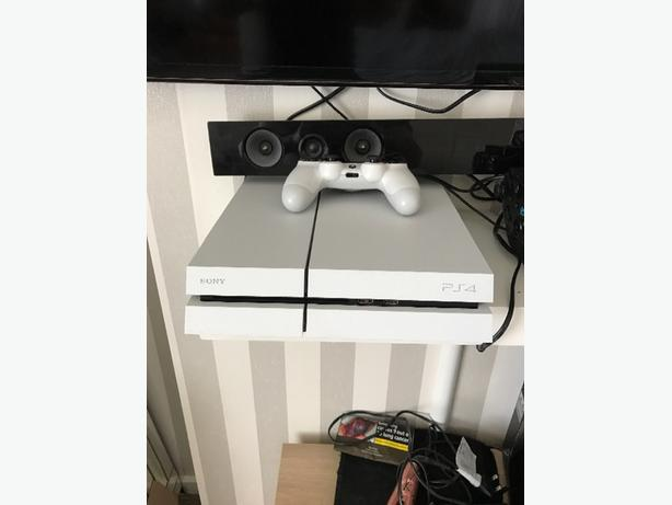 white ps4 with box and 2 games DUDLEY, Wolverhampton