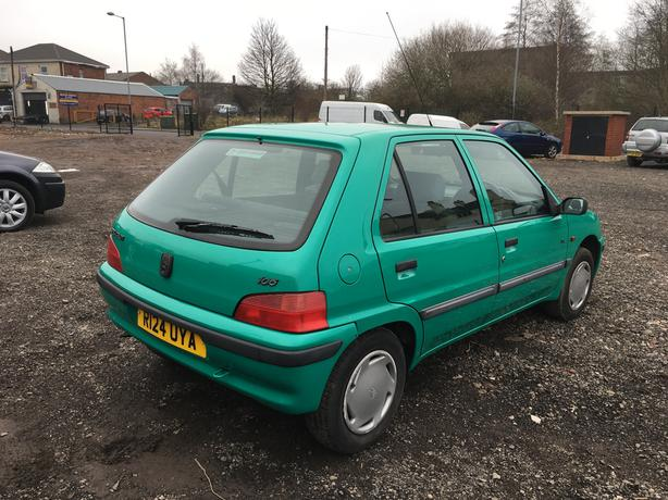 peugeot 106 xl auto power steering ideal 1st car corsa auto 206 walsall dudley mobile. Black Bedroom Furniture Sets. Home Design Ideas