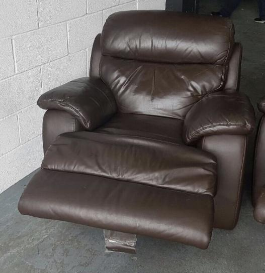 Leather Sofas At Dfs: RRP £2500 DFS Brown Heavy Leather Recliner Sofa.(electric