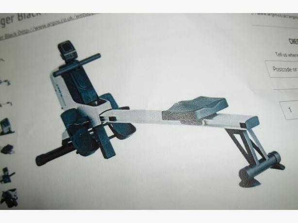Roger Black Programmable 3kg Flywheel Rower
