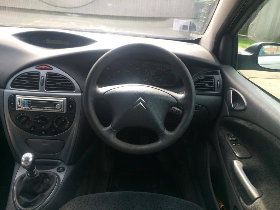 bargain citroen c5 2 0 hdi diesel start drive long mot 3 9 0 o n o west bromwich. Black Bedroom Furniture Sets. Home Design Ideas