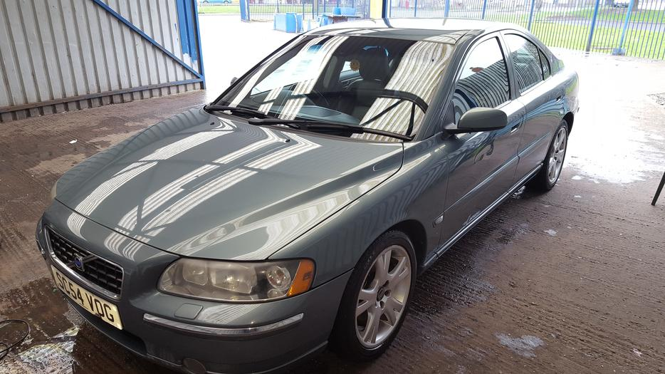 volvo s60 2 4 d5 diesel wolverhampton wolverhampton. Black Bedroom Furniture Sets. Home Design Ideas