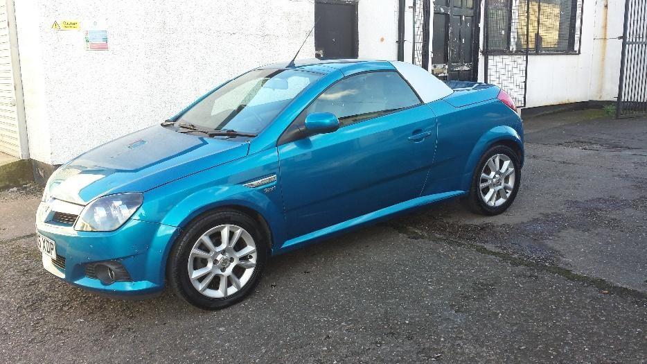 What To Do With Expired Car Seats >> 2005 VAUXHALL TIGRA 2 SEATER CONVERTIBLE DUDLEY, Dudley