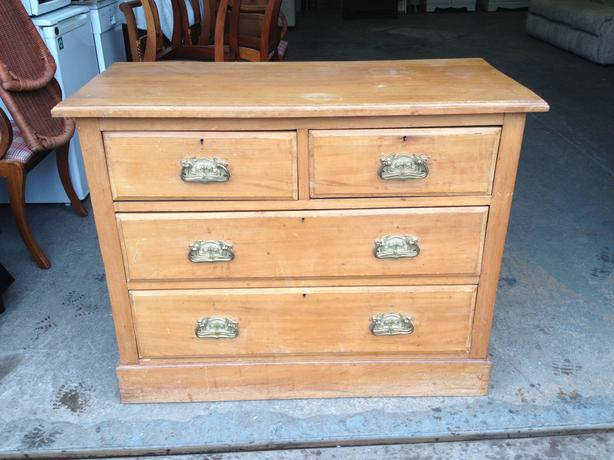 Beautiful satin wood bedroom chest of drawers c