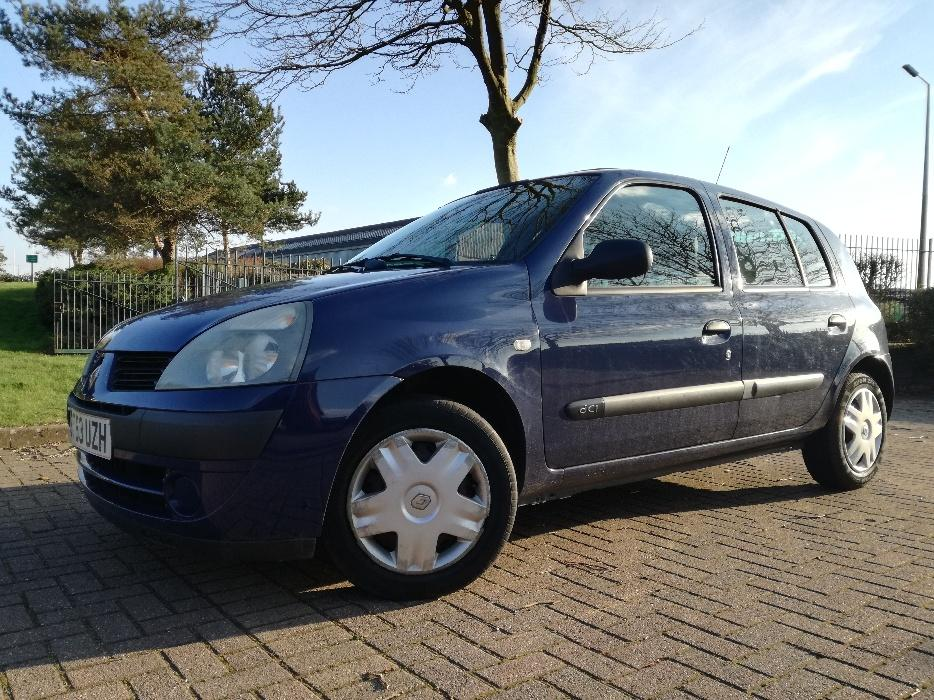 2004 renault clio 1 5 dci 5dr 3 owners immaculate conditon wednesbury wolverhampton mobile. Black Bedroom Furniture Sets. Home Design Ideas