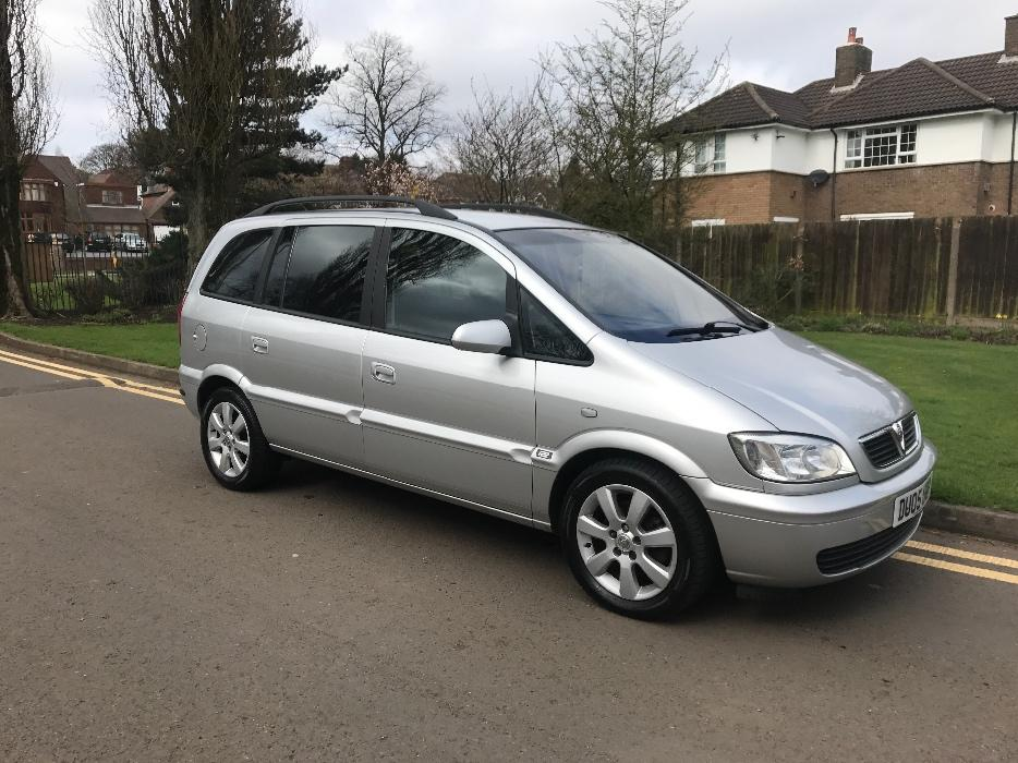 2005 vauxhall zafira 2 0 dti breeze 1 former keeper 6000 worth of receipts walsall sandwell. Black Bedroom Furniture Sets. Home Design Ideas